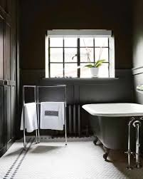 Black Bathrooms Ideas by Black And White Bathroom Decor Black And White Bathroom Decor