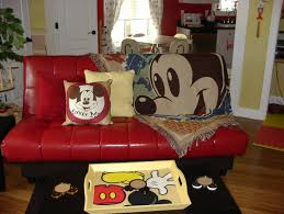 Mickey Mouse Furniture by Sneak Peek At The Hidden Mickey Mouse House In Central Florida
