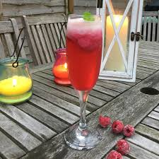 Cheap Cocktail Party Ideas - 5 cheap cocktails starting under 1 using only aldi ingredients