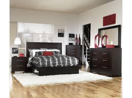 legacy classic forum queen size contemporary platform bed with shown with nightstand chest bureau and mirror bed shown may not represent