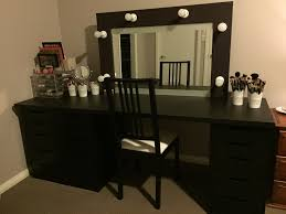 Bedroom Makeup Vanity With Lights Corner Makeup Vanity Bedroom With Black Wooden Corner Makeup Table