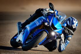 2017 yamaha yzf r6 first look 10 fast facts with video