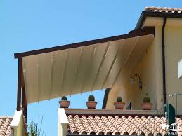 tettoie per porte esterne tettoie per esterno per terrazzi e giardino coperture esterne