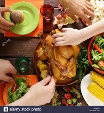 traditional dishes for the dinner of thanksgiving day