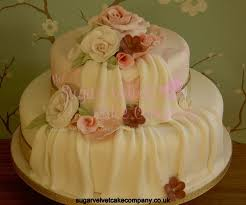 2 tier wedding cake roses cake roses and stripes tier wedding