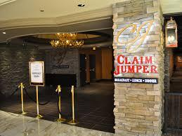 first look at claim jumper cadillac bar at golden nugget eater first look at claim jumper cadillac bar at golden nugget eater vegas