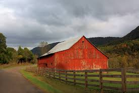red barn in poor valley linda hinchey foundmyself
