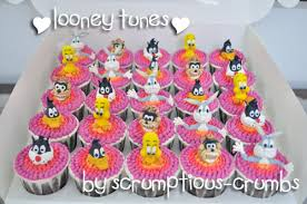 scrumptious crumbs looney tunes cupcakes