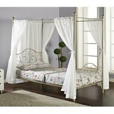 White Metal Canopy Bed by Bedroom Good Bedroom Design Ideas Using Silver Metal Canopy Bed