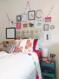 Dorm Room Wall Decor by My Boho Chic Anthropologie Inspired Dorm Room At Scad Bedroom