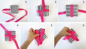 tying gift bows beautiful ways to tie a bow with ribbon