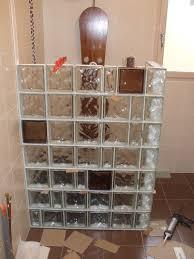 brique de verre cuisine mur en brique de verre salle de bain inspirations et salle de bain
