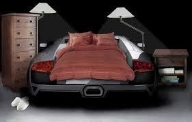 le chambre gar n le lit voiture pour la chambre de votre enfant archzine fr