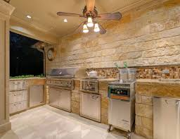 Outdoor Kitchen Backsplash by Outdoor Stone Outdoor Kitchen Island With Pull Down Faucet Also