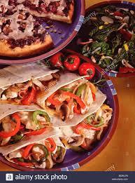 country kitchen recipes spinach salad chicken fajitas sour