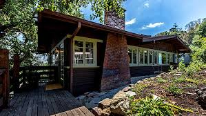 What Is A Craftsman Style House What Less Than 1 Million Buys Among Craftsman Style Homes In L A