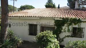 plot of 1000m2 with 2nd house in elviria beach costa sea real