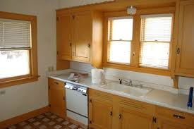 what type of paint for kitchen cabinets image of painting cabinets