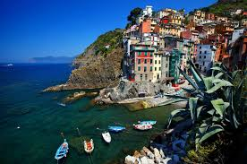 Manarola Italy Map by Cinque Terre Italy U0027s Charming Seaside Escape Expat Explore Travel
