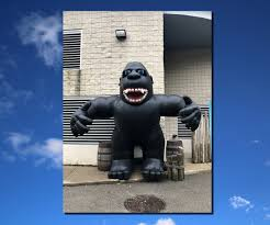 gorilla balloon king kong advertising balloon by great lakes inflatables