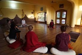 yoganga retreat at sri santosh puri ashram experience a yogi u0027s