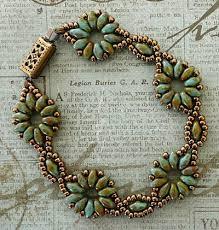 flower beaded bracelet images Superduo flower chain beaded bracelet and earrings jpg