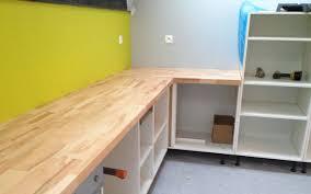 plan de travail cuisine chene massif aménager sa cuisine ouverte sur mesure le du bois
