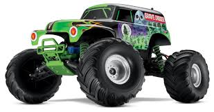 grave digger 30th anniversary monster truck toy monster jam grave digger toy youtube
