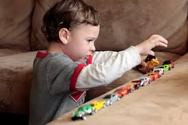 early warning signs of autism every parent should know