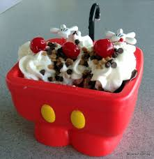What Is In The Kitchen Sink Ice Cream Sundae At Disney World Quora - Kitchen sink ice cream sundae