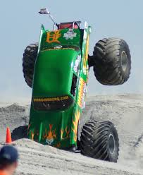 monster truck show in wildwood nj wildwood new jersey thunder on the beach october 2 4 2009