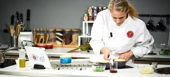 la cuisine des chefs i chef un cours de cuisine avec un vrai chef en direct dans votre