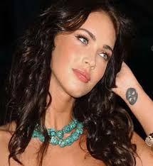 cute cancer sign tattoo on megan fox wrist tattoos book 65 000