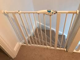 Extra Wide Pressure Fit Safety Gate Lindam Easy Fit Plus Safety Stair Gate Extra Wide 140cm In