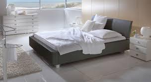 Schlafzimmer Mit Bett 140x200 Polsterbett In Dunkelbraun 140x200 Cm Und Größer Harmony