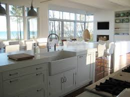 what hardware for shaker cabinets 8 top hardware styles for shaker kitchen cabinets