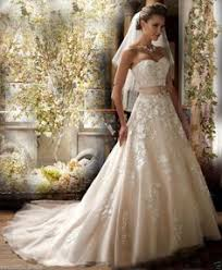 Wedding Dress Ivory You U0027ll Look Classically Elegant In This Tulle Ball Gown Wedding