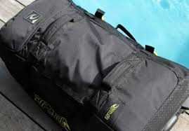 light travel bags luggage road test rip curl global f light wheeled bag carryology