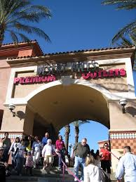 Six Flags Outlets Supreme Tours Outlet Stores Shuttles From Los Angeles