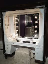 Narrow Makeup Vanity Table Best 25 Dressing Table With Lights Ideas On Pinterest Vanity