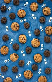 Monster Halloween Cookies by Make Cookie Monster Candy Bark Diycandy Com