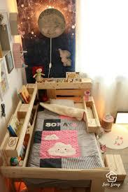 deko aus europaletten ᐅ palettenbett für kinder kinderbett aus europaletten diy
