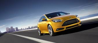 high performance ford focus commuter car meets high performance 2014 ford focus st