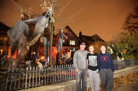 images of halloween decorated houses north toronto halloween display has a life of its own toronto star
