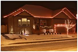 Outdoor Christmas Decorations Roof by Christmas Roof Lights Christmas Lights Decoration