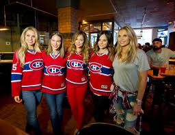 chambre canadien de montreal les femmes des joueurs à la rencontre des fans à longueuil jdm