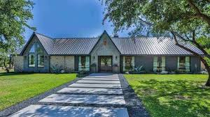 waco texas real estate chip and joanna gaines major gaines another home featured on fixer upper up for sale