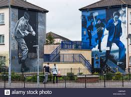 murals on the wall of houses in bogside londonderry northern murals on the wall of houses in bogside londonderry northern ireland