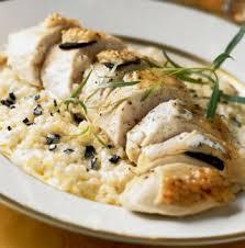 cuisine et vins de noel chapon demi deuil et risotto aux truffes plat noel volaille et vin