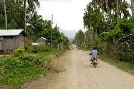 Image of an unpaved road in the rural Philippines (road in Romblon)